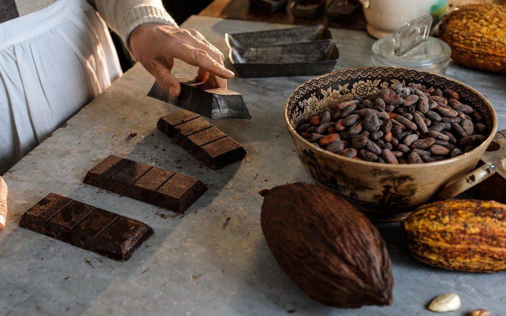preparazione-cioccolato-artigianale