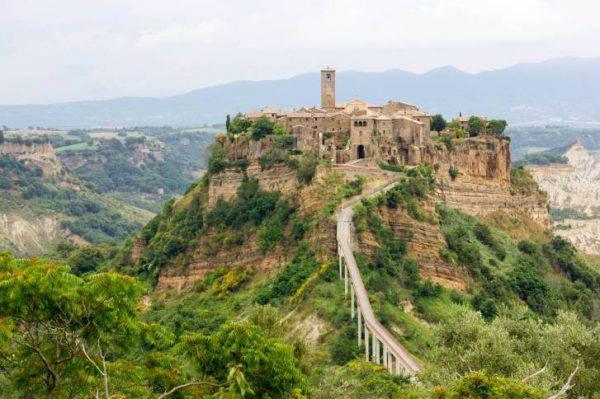 Civita-di-Bagnoregio-Lazio-pasqua-2019