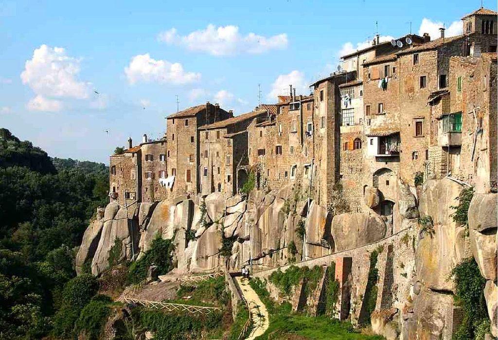 Borghi dell'entroterra italiano: 5 vere perle da scoprire